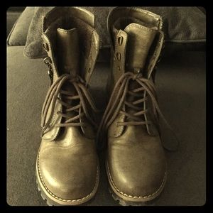 Cliff boots by White Mountain. NWOT