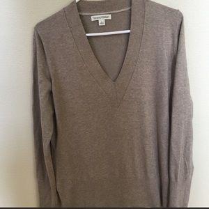 Banana Republic tan silk/cashmere V neck sweater M