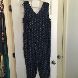 Navy pattern maternity jumpsuit