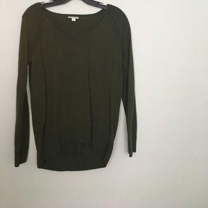 Gap pullover v-neck sweater