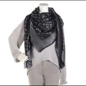 Louis Vuitton Shine Shawl/scarf