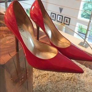 Guess cherry red patent leather heels. Sz 9