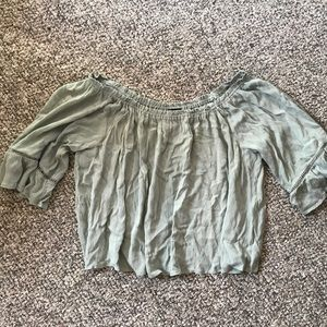 Wet Seal Cropped Flowy 3/4 Sleeve Shirt