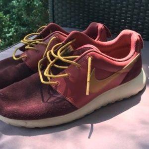 Nike size 10