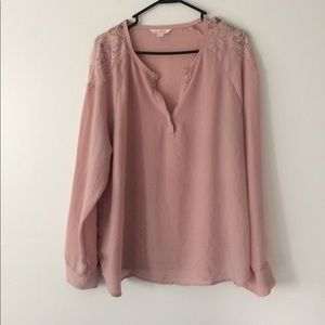 Dusty rose colored dressy top! Size XL