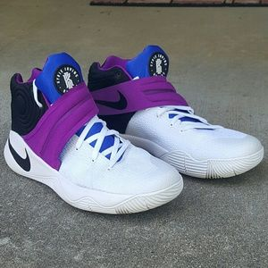 Kyrie 2 Basketball Shoes