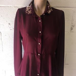 Dark red gold beaded flower peplum shirt M