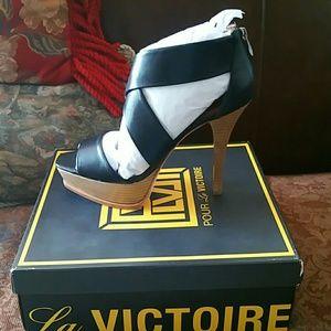 NWT Pour La Victoire Tifara Black Heels Sz 10 m