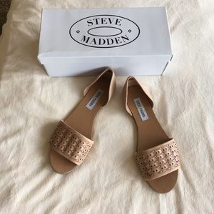 Steve Madden nude flats