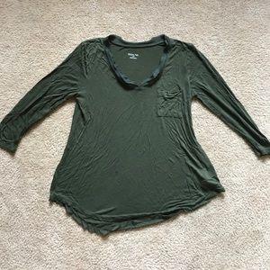 Green 3/4 sleeve