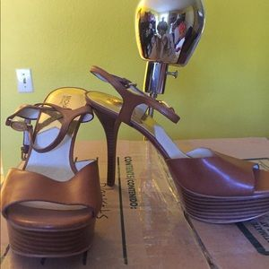 More pictures for Michael Kors sandals