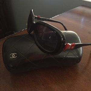 Authentic Chanel Sunglasses 135 3N
