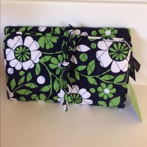Vera Lucky You All Wrapped Up Jewelry Roll New/Tag
