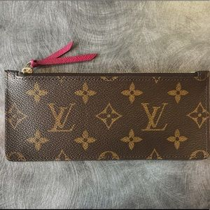 Louis Vuitton Change Pouch