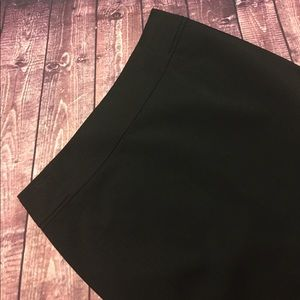 H&M Pencil Skirt Size 8 NWT