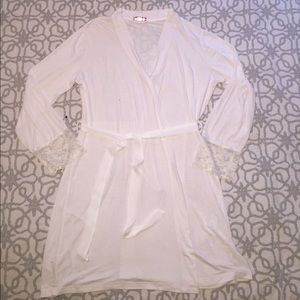 Altar'd State White Robe with Lace Trim ✨New✨