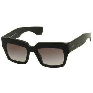 Prada loewe shades with case
