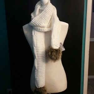 NEW SOFT AND COZY SCARF