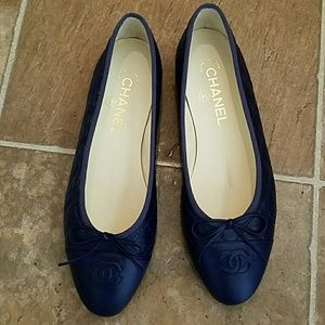 "Chanel Navy Quilted Leather Ballerina flats ""NWOT"""