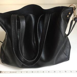 Handbags - Black leather tote handbag with removable lining