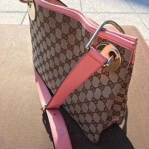 Authentic Gucci large messenger bag