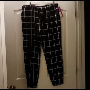 Grid joggers size large from Merona