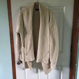 Sweaters - Cozy, chunky, oversized sweater.