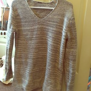 Sweaters - Gray sparkly sweater S