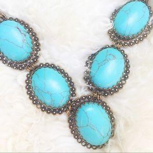 ALDO ASOS Calcite XL turquoise stone necklace