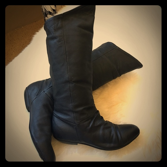 Black Leather Flat Heeled Slouch Boots