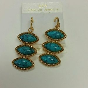 Beautiful turquoise and gold earrings