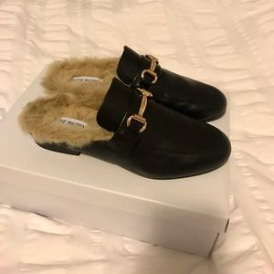 Steve Madden Backless Fur-Lined Slip on Shoes.