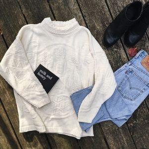 [NEW] Ella Crema Hand Knit Sweater