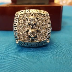 Dallas Cowboys Fan Edition 1977 Championship Ring