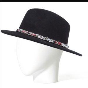 Zara chain plaid felt black hat sz M