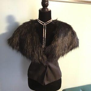 Jackets & Blazers - 💋💄 Faux fur vest with faux leather belt 😍❣️