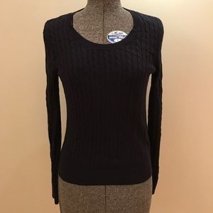 H&M NAVY CABLE KNIT SWEATER