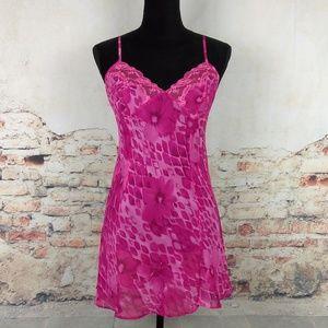 NWT Victorias Secret Wms Sz M Pink Animal Floral L