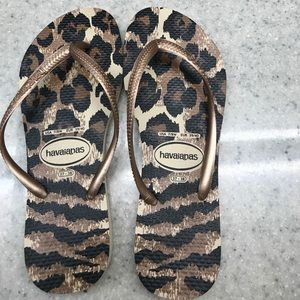 Havianas worn once