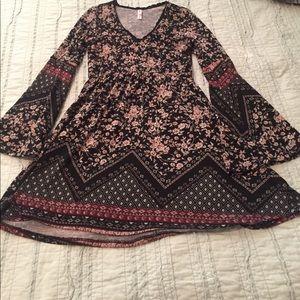 Fall bell sleeve floral dress