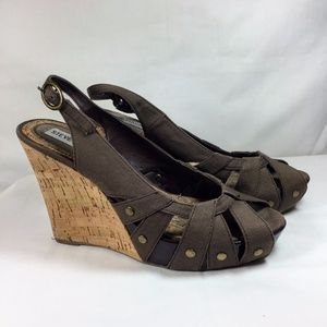 Steve Madden Crazzy Brown Cork Wedge Heel Sandals