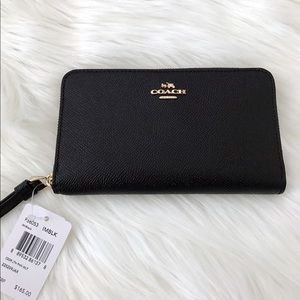 NWT Coach Phone Wallet in Crossgrain Leather