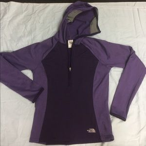 The North Face half zip up sweater hoodie size S