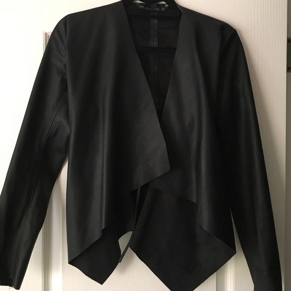9be7acf40 Zara black faux leather Drape jacket