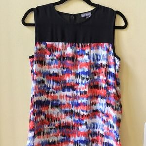 NWT VINCE CAMUTO MUTLI-COLOR SLEEVELESS BLOUSE S