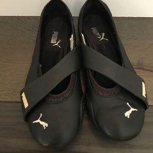 Black puma slip on sneakers size 7