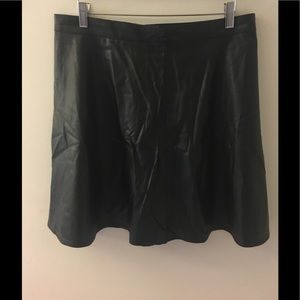 H&M Women's Faux Leather Black Skirt - Size 12