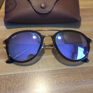 Ray Ban Highstreet Sunglasses RB4253