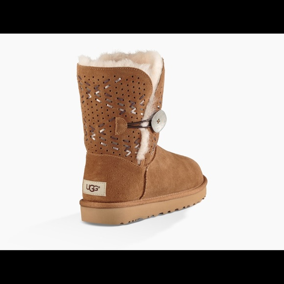 125a25353e0 UGG Bailey Button Tehuano Genuine Shearling Boot