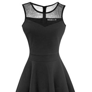 Dresses & Skirts - Black cocktail dress
